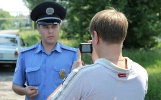 Можно ли вести съемку за полицейскими во время исполнения прямых обязанностей