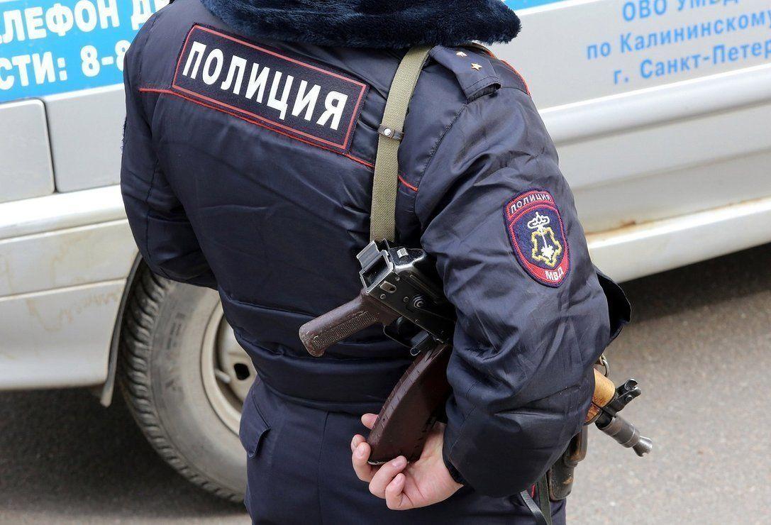Какое наказание назначено за избиение полицейского